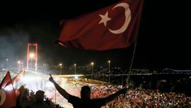 Türkiye'nin en kanlı gecesinde yaşananlar