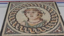 2 bin yıllık mozaik tabloyu satacaklardı!