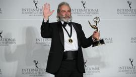 Haluk Bilginer'e Emmy ödülü!
