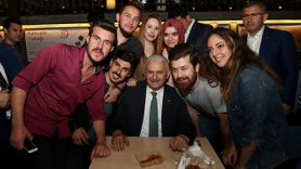 Binali Yıldırım sahurda Çengelköy'deydi