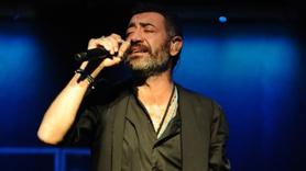 Ünlü şarkıcı İstanbul'u terk etti!