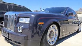 Gümrüğe takılan Rolls-Royce indirimli satılacak