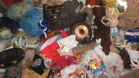 Ataşehir'deki evden 5 ton çöp çıktı!