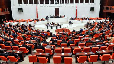 AK Parti'den yeni torba yasa: Köprü cezalarına af