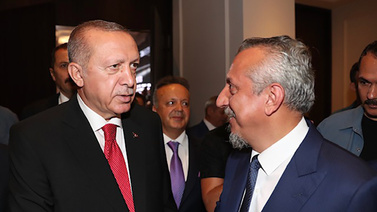 Cumhurbaşkanı Erdoğan, Murat Kelkitlioğlu'na konuş