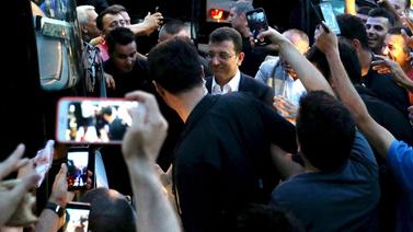 İşte ünlülerin İstanbul seçimi paylaşımları