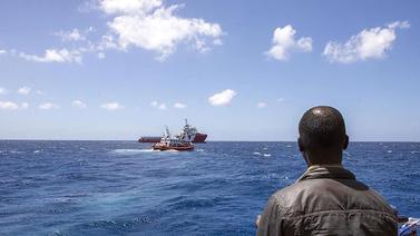 86 kişilik mülteci teknesi battı!