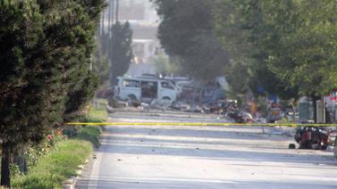 Afganistan'da bomba yüklü araçla saldırı!