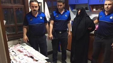 6 çocuğunu dilendiren kadından 18 bin lira çıktı