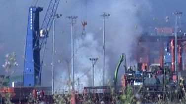 İstanbul'da gemi yangını!
