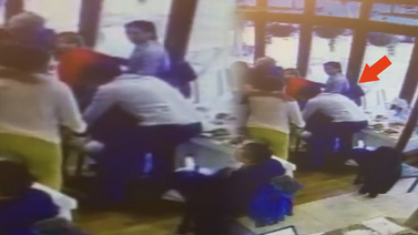 Türk restoran müdürü müşterinin hayatını kurtardı