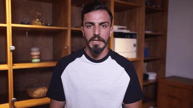 Sahaya atlayan Youtuber'dan özür videosu