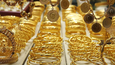 Gram altın 276 liradan günü tamamladı