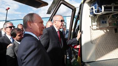 Erdoğan, Putin ile fuarı gezdi