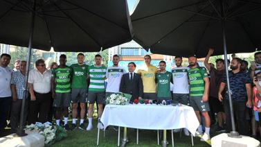 Bursaspor'dan 8 transfer birden