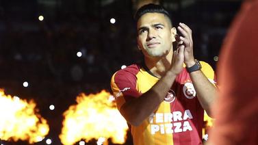 Galatasaray'dan imza şov