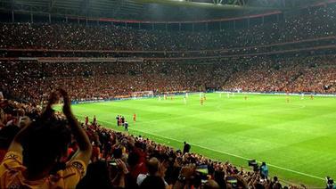 CANLI Galatasaray Falcao imza töreni