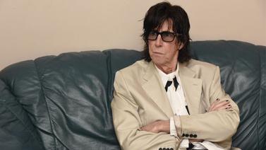 Dünyaca ünlü müzisyen hayatını kaybetti!