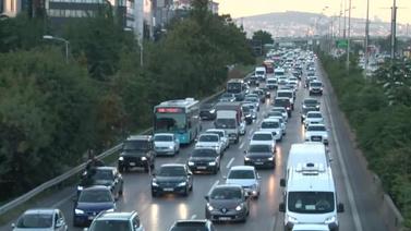 İstanbul'da E-5'te trafik yoğunluğu