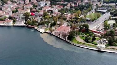 İstanbul Boğazı'nda ürküten görüntü