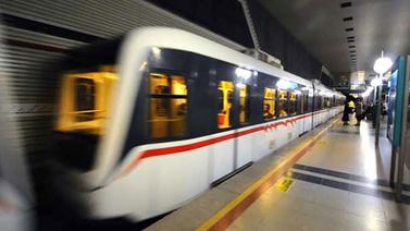 Metro seferleri 01.30'a kadar uzatıldı