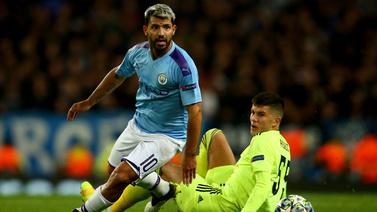 Manchester City zorlandı ama kazandı