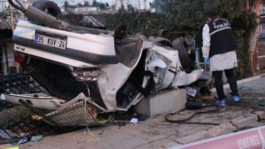 İzmir'de feci kaza: Ölü ve yaralılar ver