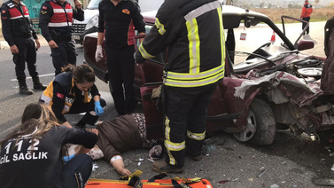 Uşak'ta feci kaza: 5 yaralı
