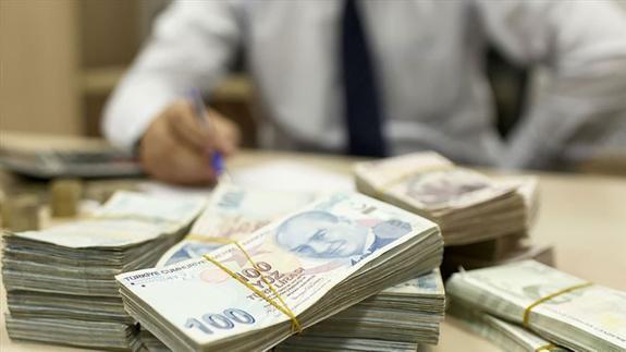 Bütçe, ekimde 14.9 milyar lira açık verdi