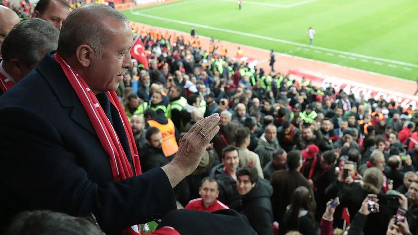 Cumhurbaşkanı Erdoğan'dan destek telefonu