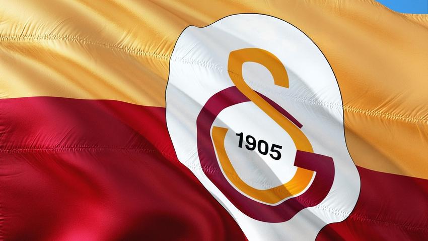 Galatasaray için İstanbul'a geldi... Son dakika Galatasaray'dan transfer haberleri 13 Haziran 2019