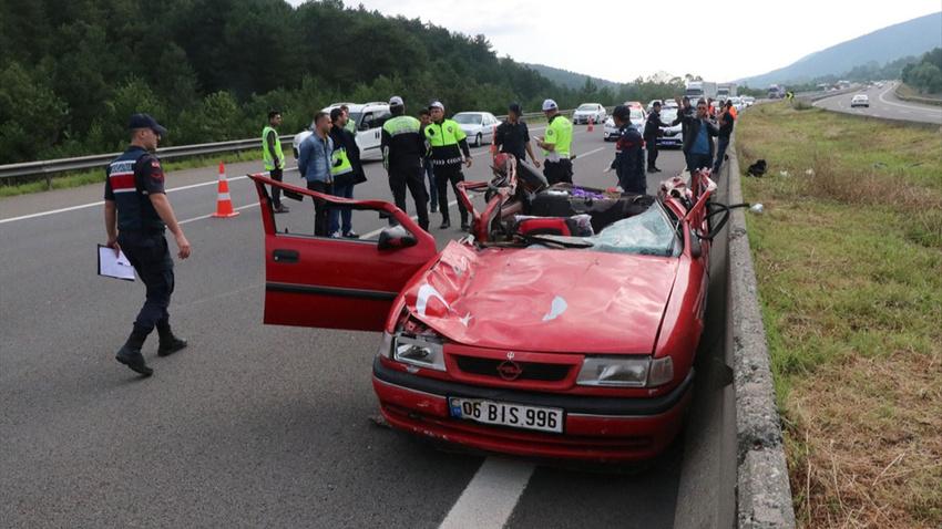 Anadolu Otoyolu'nda feci kaza: 1 ölü 2 yaralı