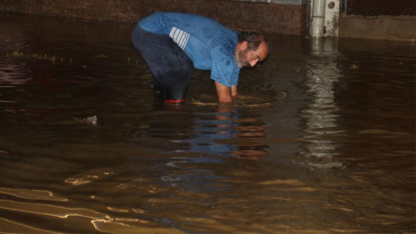 Meteoroloji 3 il için saat verdi!.. Ani sel, su baskını, yıldırım, dolu..!