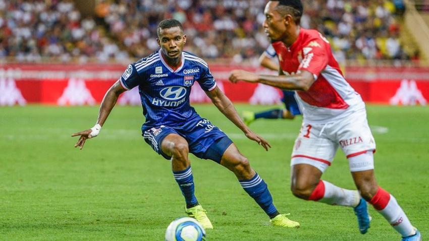 Lyon Falcao'nun takımı Monaco'ya acımadı