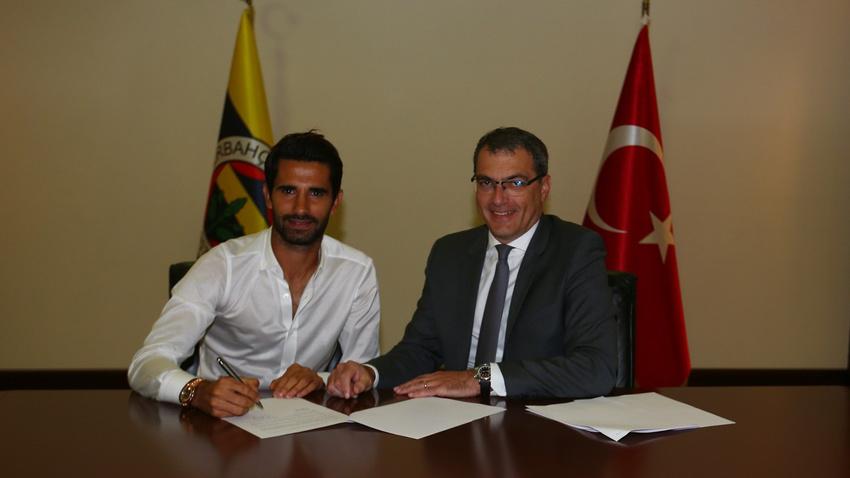 Fenerbahçe Alper Potuk'un sözleşmesini revize etti