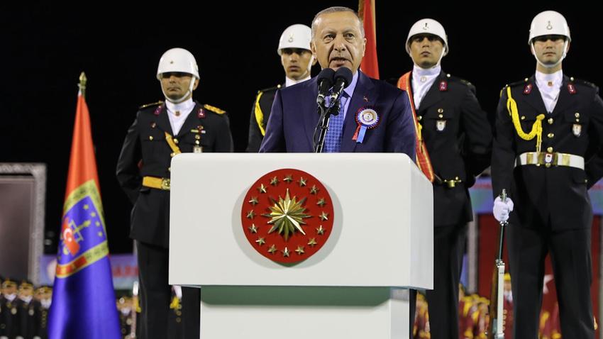 Erdoğan: Milletin parasını Kandil'e gönderenlere seyirci kalmayacağız