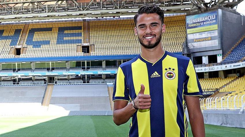 Fenerbahçe ile yollar ayrıldı!