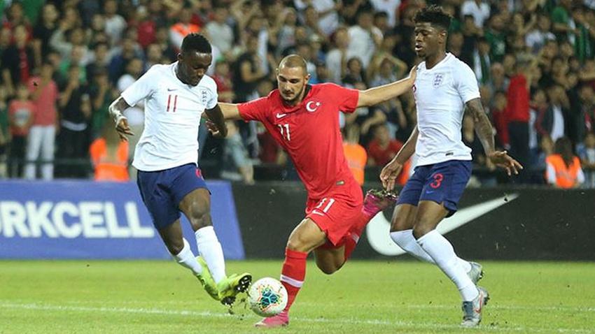 Türkiye: 2 - İngiltere: 3 maç sonucu