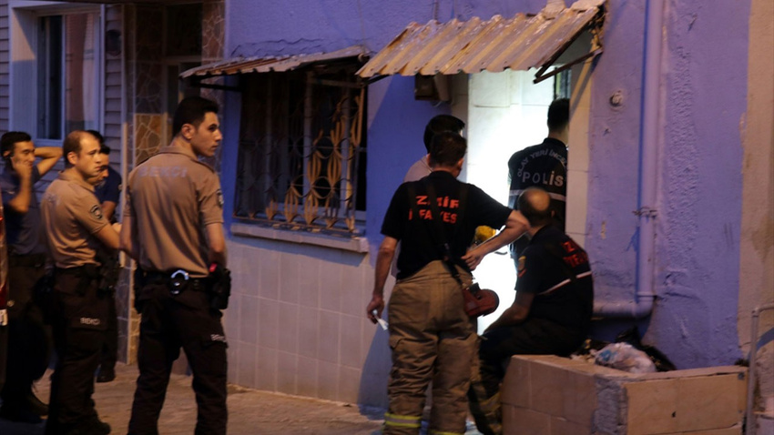 İzmir'de şüpheli ölüm: Yangının ardından fark edildi