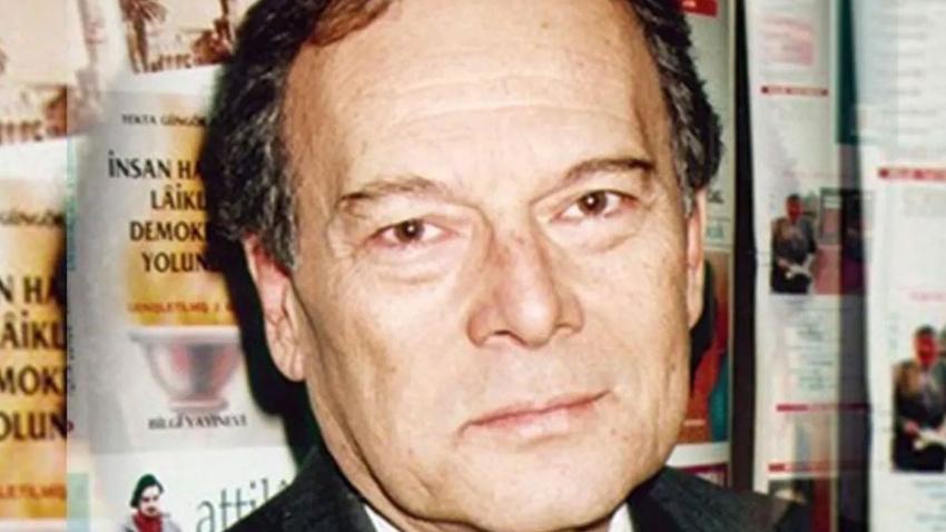 Ünlü tiyatrocu Dinçer Sümer hayatını kaybetti