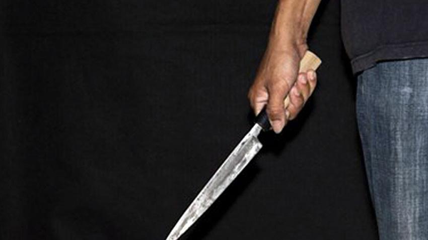 Torunu dedesini bıçaklayarak öldürdü