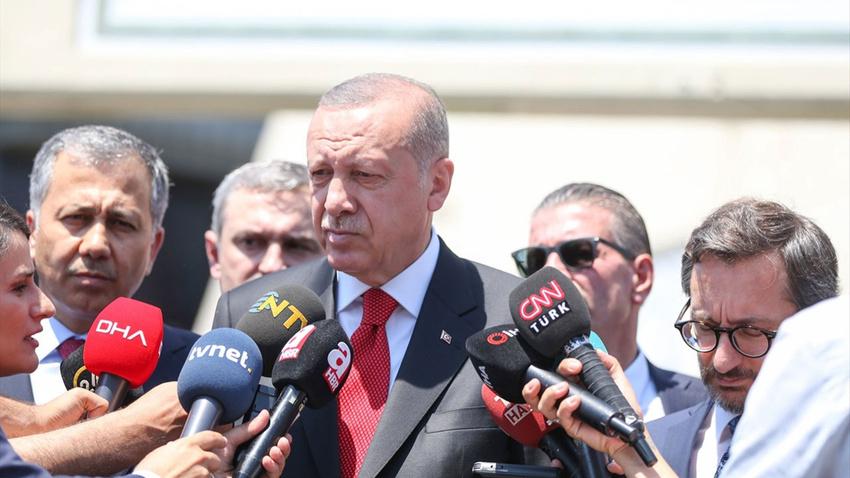 Cuma namazı çıkışı Erdoğan'dan önemli açıklamalar