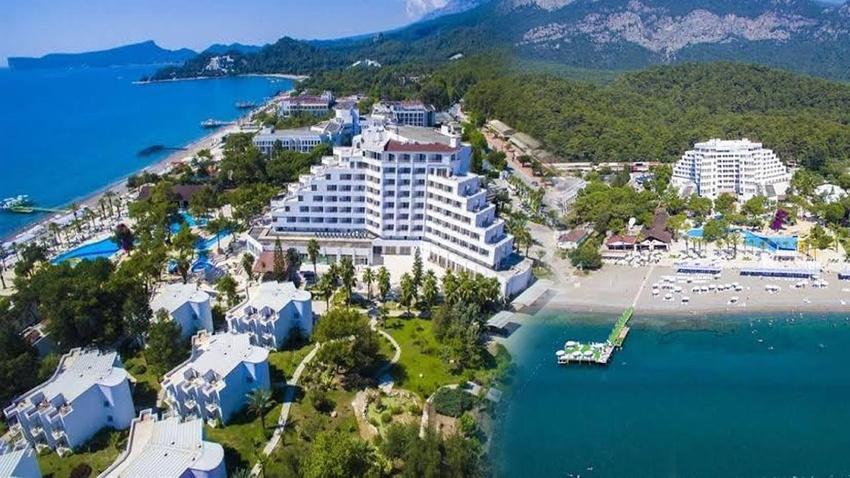 Yer: Antalya...  Bir lüks otel daha icradan yarı fiyatına satılığa çıkıyor!