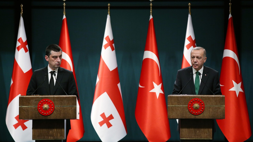 Cumhurbaşkanı Erdoğan, Gürcistan Başbakanı Gakharia'yı kabul etti