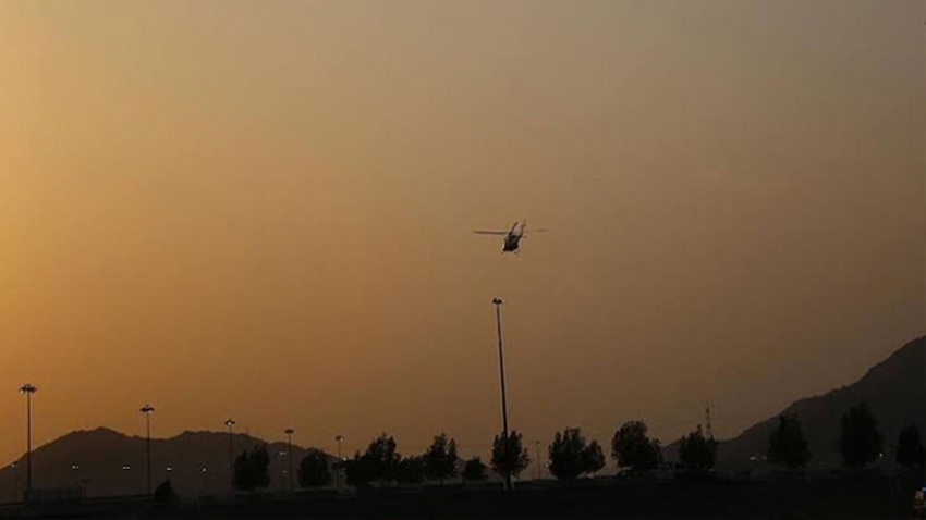 O ülkede ambulans helikopter düştü!