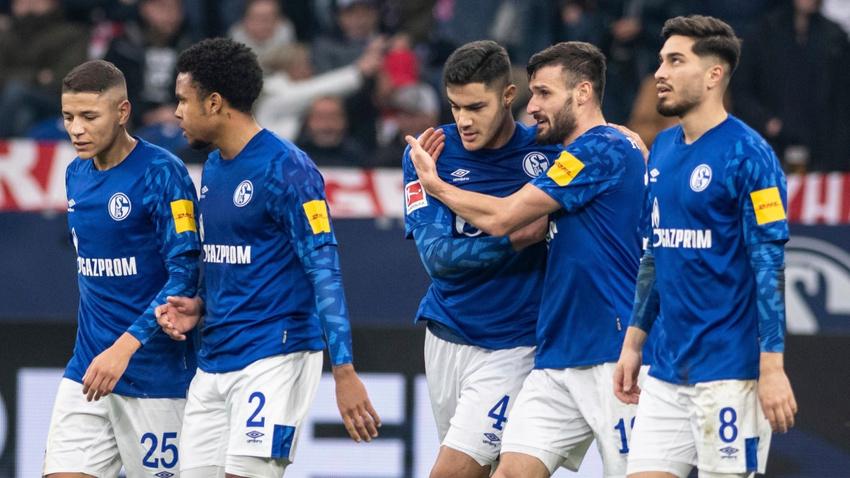 Schalke - Düsseldorf maçına Türk oyuncular damga vurdu