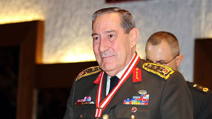Eski Genelkurmay Başkanı Yaşar Büyükanıt hayatını kaybetti