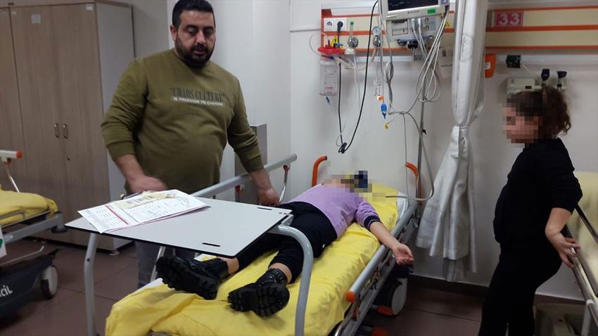Öğretmenin kitap fırlattığı çocuk hastanelik oldu