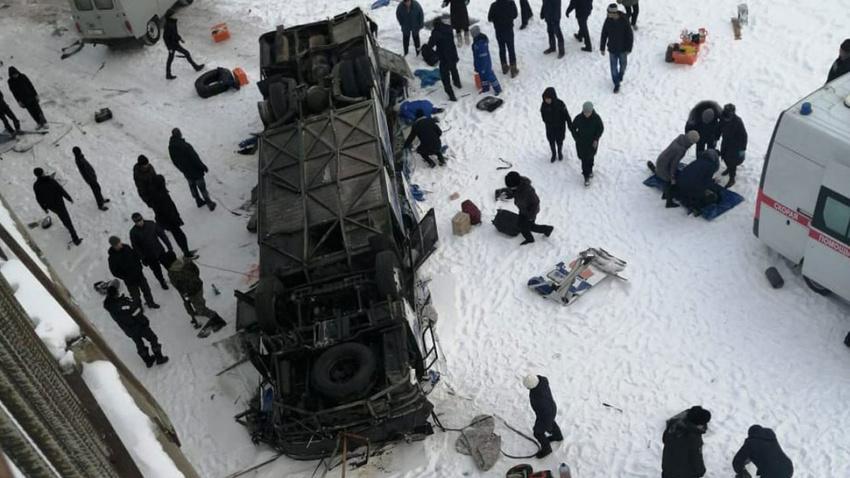 Rusya'da otobüs faciası!.. Çok sayıda ölü var!