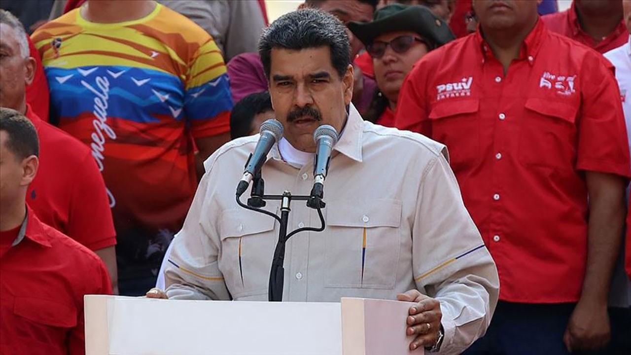Venezuela'da iki taraf da halkı sokağa çağırıyor